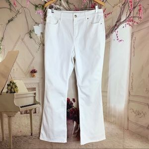 Chico's Barley Boot Stay White Jeans